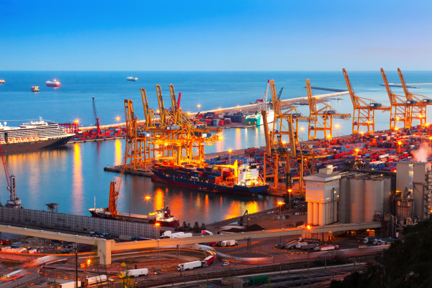 industrial-port-de-barcelona-in-evening_1398-4295